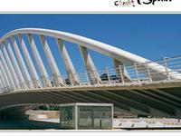 La Exposicion Bridge