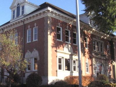 La Grange Village Hall