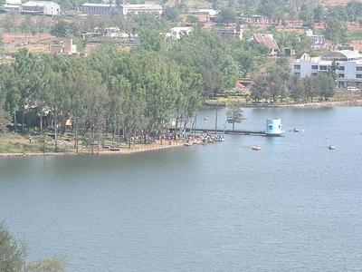 Lake At Saputara.