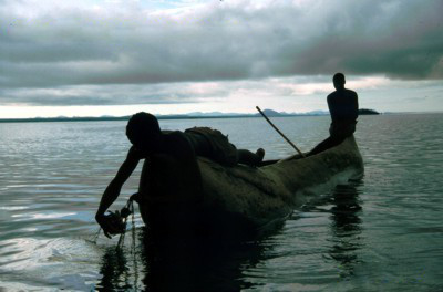 Lake Chiuta - Checking Gillnets