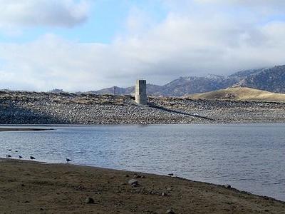 Lake Isabella Dam