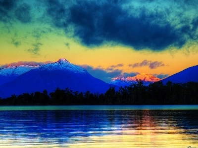 Lake Te Anau - Fiordland - South Island NZ