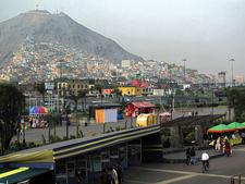 La Muralla Parque - Lima