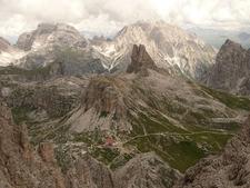 La Torre E Il Rifugio Antonio Locatelli