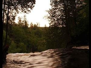 Riendo Whitefish Río