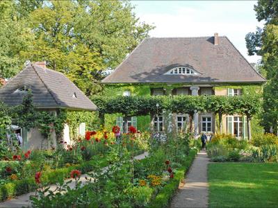 The Liebermann Villa In Summer