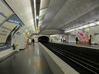Line 8 Platforms At La Tour-Maubourg