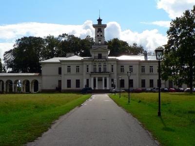 Tyszkiewicz Palace
