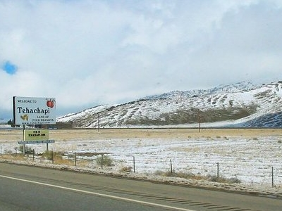 Looking Northwest Along Route 58 In Tehachapi After A Light Dust