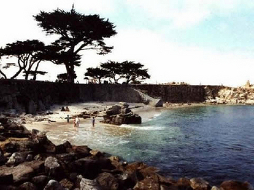 Lovers Point Cove