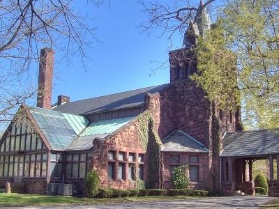 Landmark  Chapel