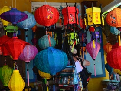 Lamp Shop At Nguyen Thi Minh Khai