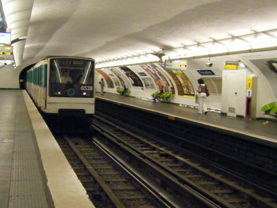 MP 73 On Line 6 At Trocadero