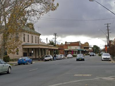 Lorne  Street     Junee
