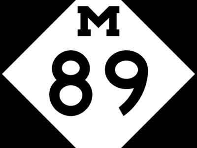 M   8 9