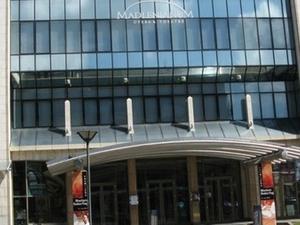 Madlenianum Ópera e Teatro