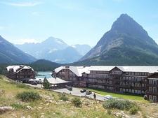 Many Glacier Hotel - Glacier - USA