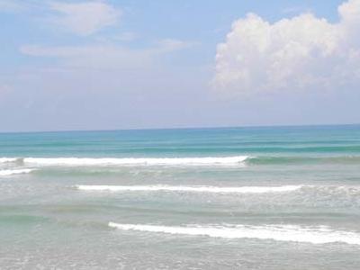 Medawatta Beach Calm Day