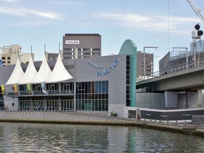 Melbourne Aquarium View From The Queens Bridge