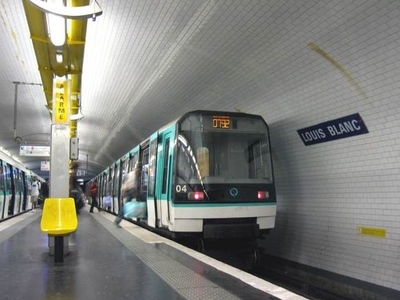 MF 88 Rolling Stock On Line 7