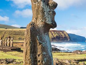 Santiago and Easter Island 7 Days Photos