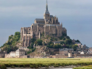 2-Day Normandy, Saint Malo and Mont St Michel Tour from Paris Photos