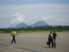 Mount Tavurvur From Airport - Kokopo - Rabaul