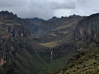 5 Days Mt Kenya Sirimon Route