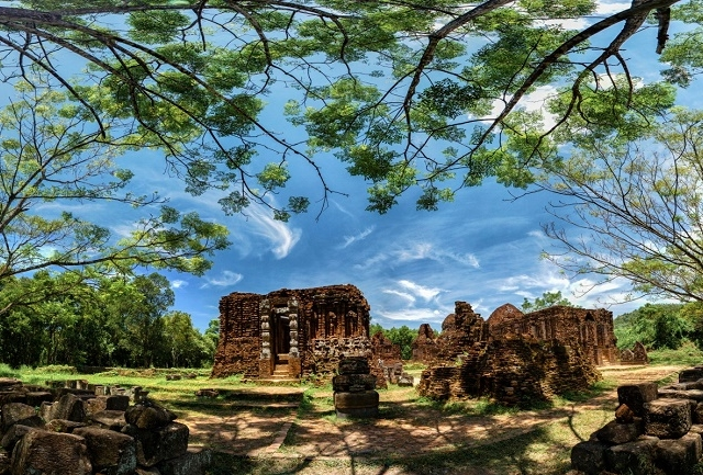 16 DAYS VIETNAM AND CAMBODIA HERITAGE PATH Photos