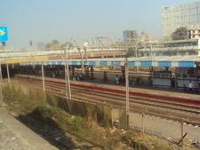 Mahalaxmi Railway Station Platform
