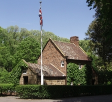 Cooks Cottage In The Fitzroy Gardens
