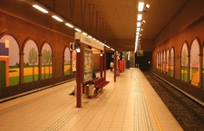 Clemenceau Metro Station