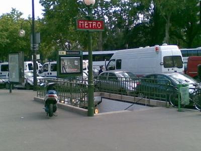 Porte De Saint-Cloud Station