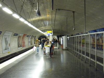 Line 10 Platform At Michel-Ange - Auteuil