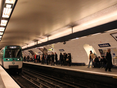 MF 77 Rolling Stock On Line 8 At Invalides