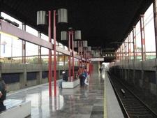 Metro Peñón Viejo