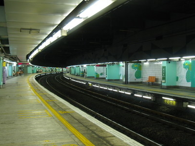 Mong Kok East Station Platforms