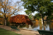 Parc Montsouris Lake