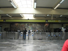 Metro Universidad