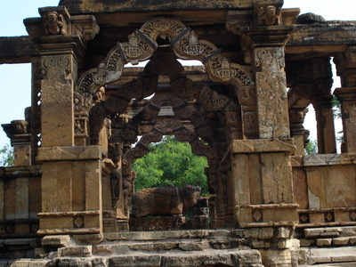 Nava  Torana  Temple  Khor