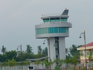 Únete Berendam Aeropuerto