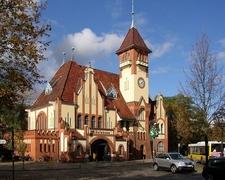 Nikolassee Station Building