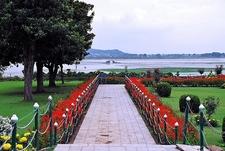 Nishat Mughal Garden @ Srinagar