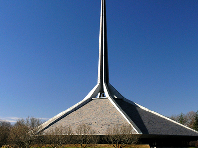 Eero Saarinen's North Christian Church