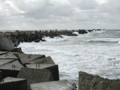 Northern Wavebreaker In Liepāja – Autumn Winds