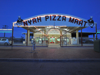 Nyah Pizza