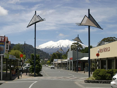 Ohakune Resort Town With The Imposing Mt Ruapehu Eer