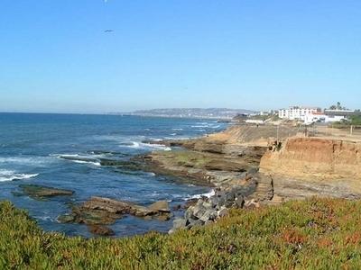 Overlooking Sunset Cliffs Beach