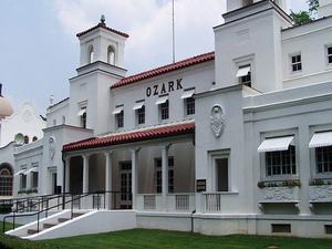 Ozark Casa de Baños