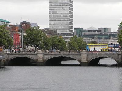 O\'Connell Bridge